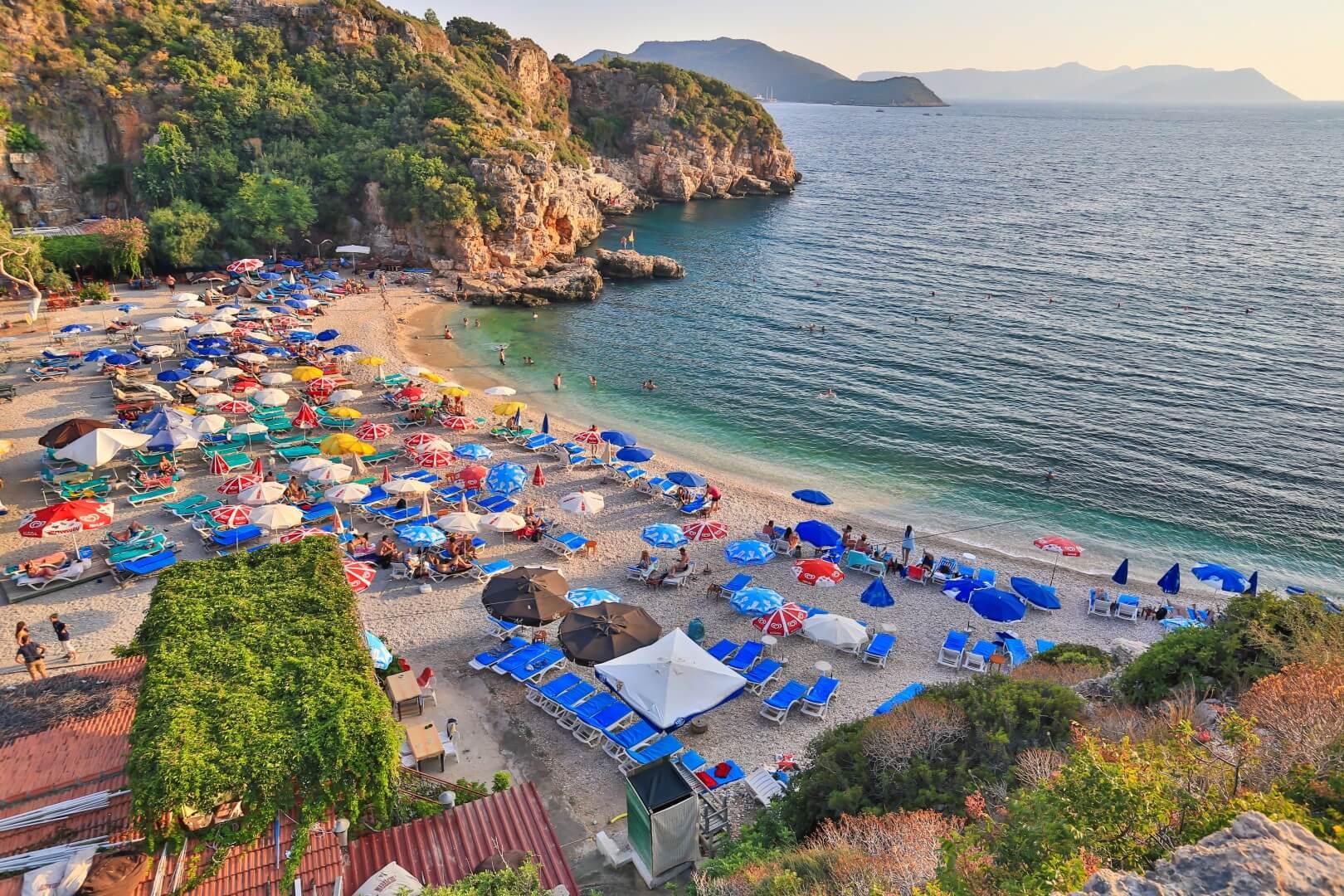 Büyük Çakıl Plajı : Yazın da Üşümeye Devam #7469