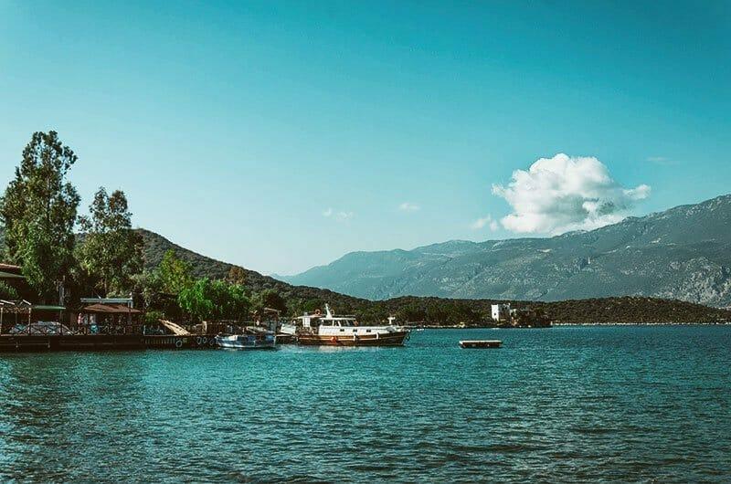 Limanagzi: We Walk, We Swim, We Rest #5211