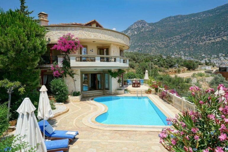 Villa Roundhouse
