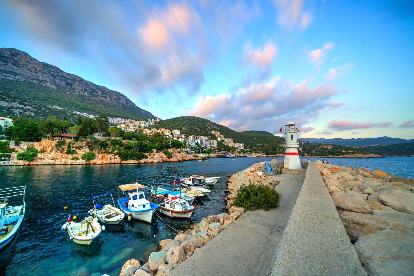 kaş yat limanı ve deniz feneri