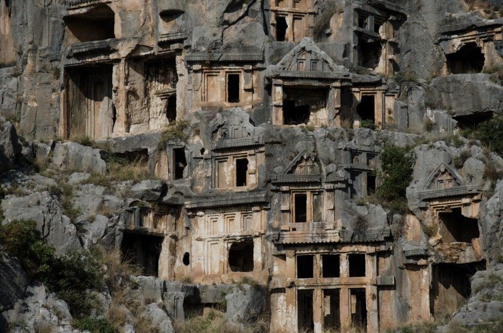 Kaş'ta gezilecek yerlerden biri olan Myra Antik Kenti